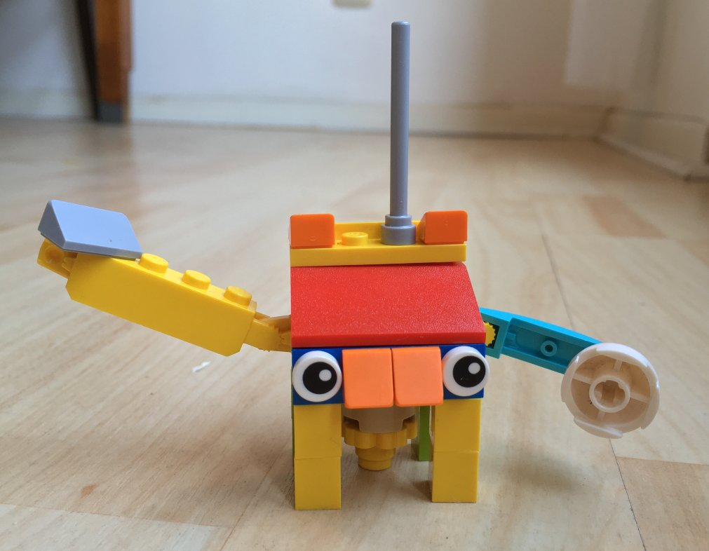 A bot-like lego figurine, built by Jo